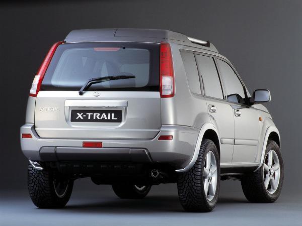 X-Trail T30 вид сзади