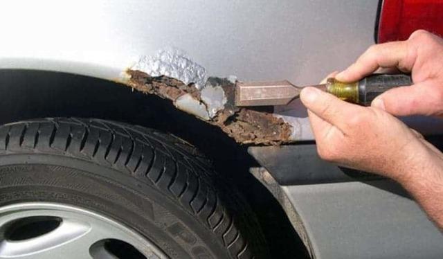 Как самостоятельно удалить ржавчину с кузова автомобиля? 2 простых способа